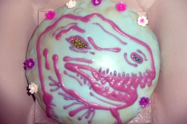 Robot vs Dinosaur cake!